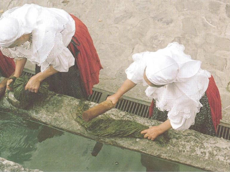 LA MINORANZA ITALO-ALBANESE, ARBËRESHË, IN ITALIA MERIDIONALE