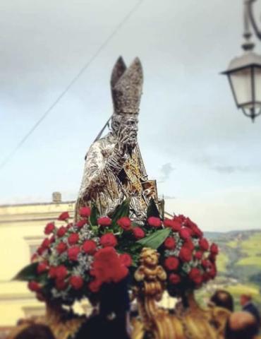 SAN GERARDO, I TURCHI E IL BASENTO: UNA SFILATA DA ARRICCHIRE