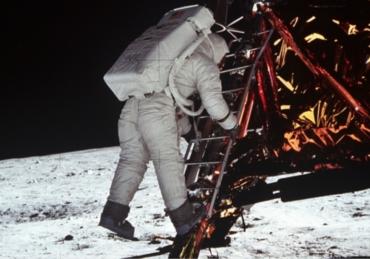 La Luna: perché ci siamo andati.